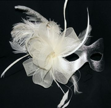 Burlesque style feather silver & cream mask